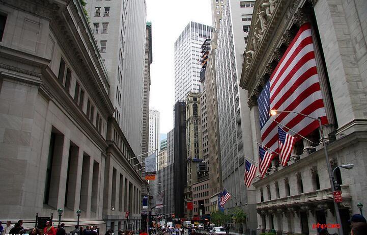 特朗普欲为华尔街卸枷锁 开启了六年来最大的监管洗牌
