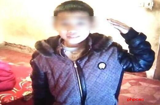 男孩在家中用红领巾上吊身亡?原因真相始末竟和鬼片有关!