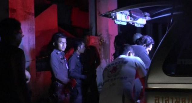 """脸书10天两现""""杀人直播"""" 泰国男子勒死女儿后自杀"""